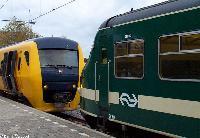 Ontmoeting tussen Buffel 3437 en Plan V 419  |  Tiel  |  31 oktober 2004