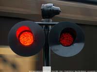 Spoorwegovergang met goederentrein  |  Horst  |  15 juni 2006   [158 kB]