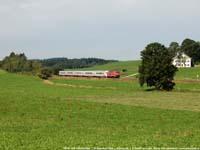 DB Baureihe 218 met InterCity  |  Aitrang (D)  |  17 augustus 2006   [330 kB]